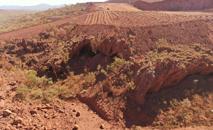 Imagem de um dos lugares mais antigos ocupados pelos aborígenes daquele país (PKKP Aboriginal Corporation/AFP)