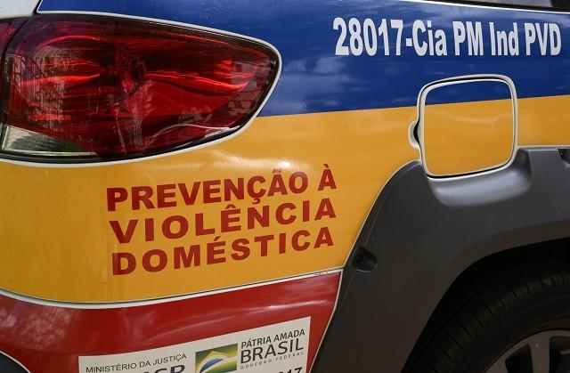 Uma dessas normas que entraram em vigor é a Lei 23.645, que dispõe sobre o enfrentamento da violência doméstica e familiar e a proteção social da mulher durante o estado de calamidade pública decorrente da pandemia