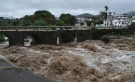 A tempestade tropical Amanda, a primeira tempestade da temporada no Pacífico no Pacífico, atingiu El Salvador e Guatemala no domingo (AFP)