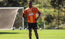 Cazares ainda não jogou em 2020, mas segue aprontando fora de campo (Pedro Souza / Atlético)