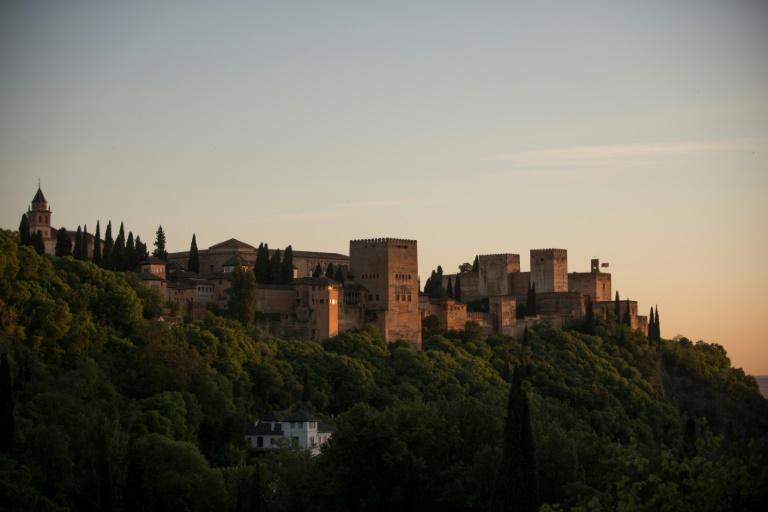 A fortaleza islâmica em Granada, no sul da Espanha, recebe milhões de visitantes anualmente