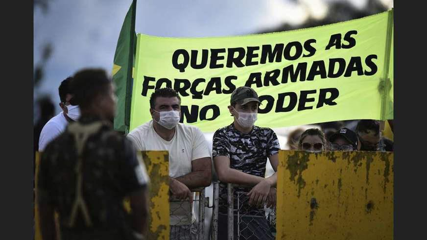 PGR e Supremo fecham o cerco contra organizadores de atos