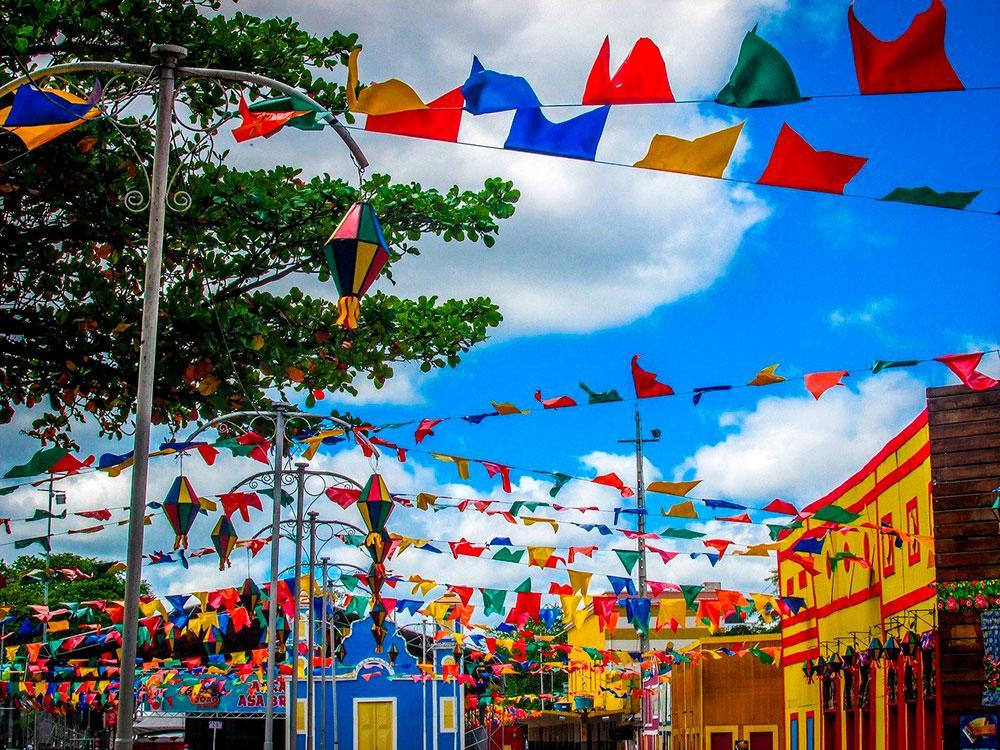 Este ano de 2020, a celebração dos três santos juninos está sendo diferente por conta da pandemia