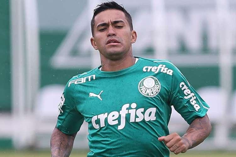 Atacante pode deixar o futebol brasileiro