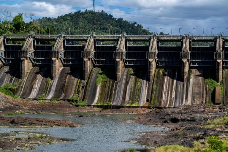 O reservatório Carraízo encontra-se em nível raramente baixo devido à seca em Porto Rico