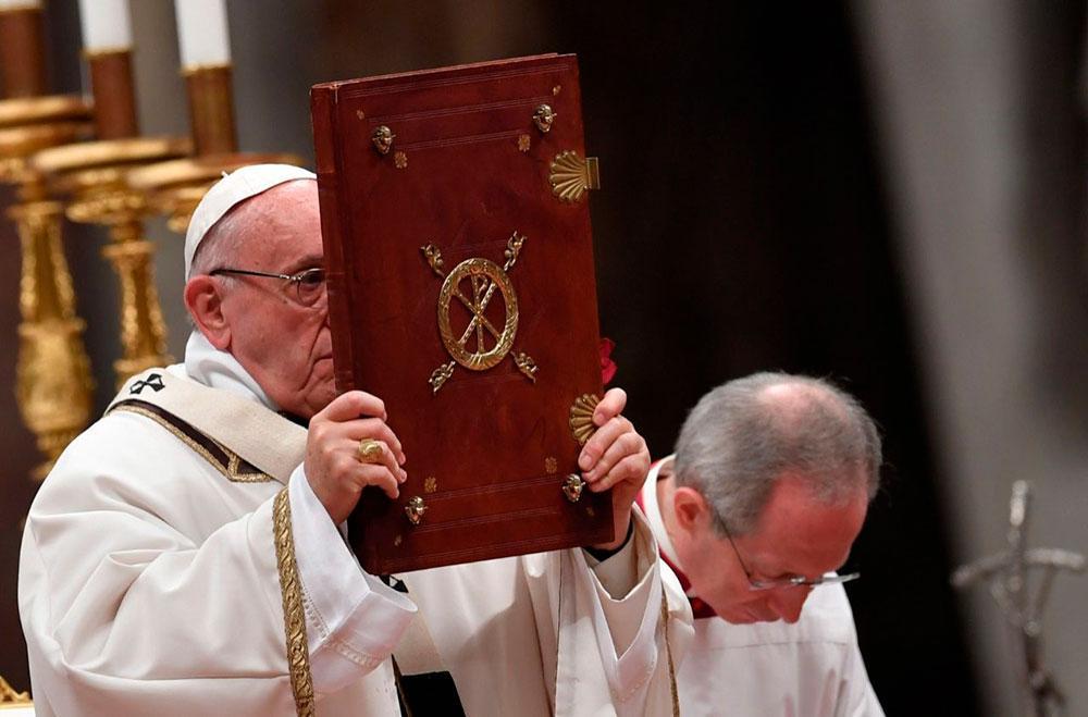 A mesa da Palavra é caminho necessário e incontornável para o acesso à mesa da Eucaristia