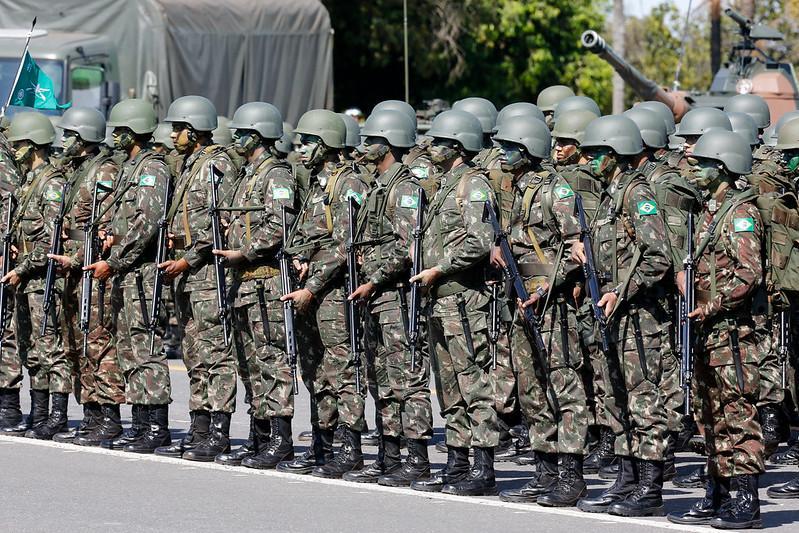 Militares conseguem complementar o salário por meio desse adicional