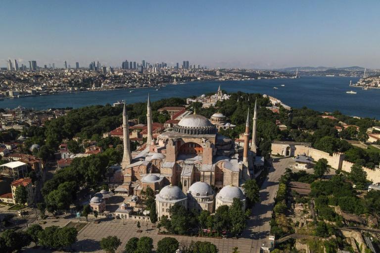 Vista aérea da Basílica de Santa Sofia de Istambul, transformada em museu