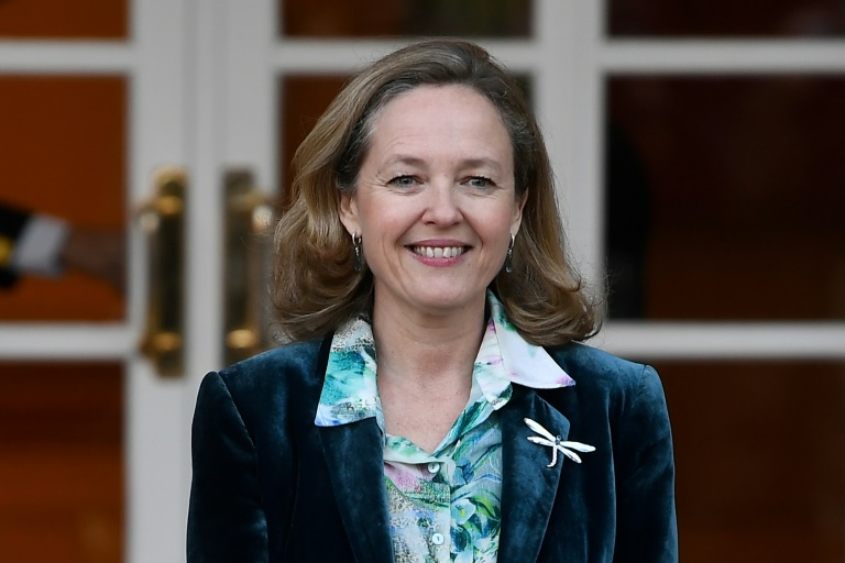 (ARQUIVO) Foto de 14 de janeiro de 2020, da vice-primeira-ministra de Assuntos Econômicos da Espanha, Nadia Calviño, no Palácio de Moncloa, em Madri.