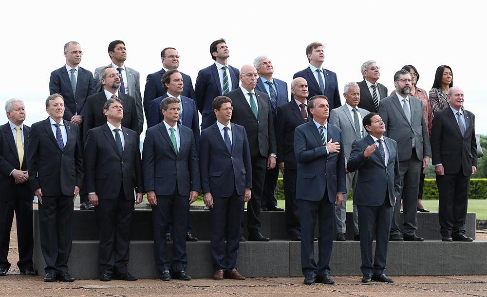 Primeiro escalão em janeiro de 2020: 'acabou a mamata'? Bolsonaro mantém privilégios de governos anteriores