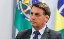 Desde o início da pandemia, Bolsonaro tem sido crítico a medidas tomadas por governadores e prefeitos para evitar a propagação da doença, como o fechamento de shoppings e escolas, além da redução da circulação de pessoas (Isac Nóbrega/PR)
