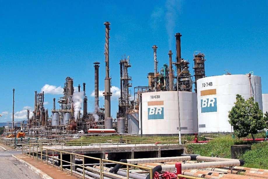 A venda de refinarias é parte do plano de desinvestimentos da Petrobrás