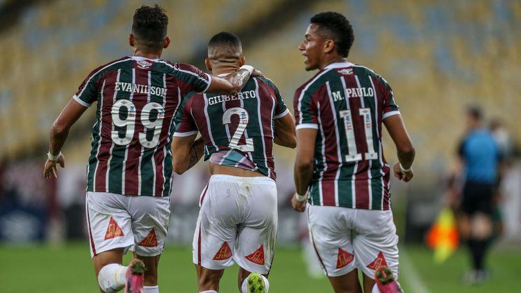 Gilberto marcou o gol do Fluminense no empate de 1 a 1 no tempo normal