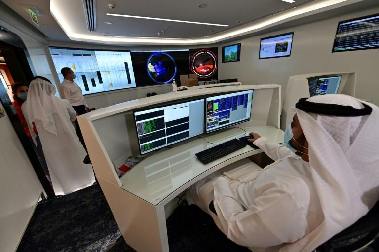 Sala de controle da Missão Marte no Centro Espacial Mohamed Bin Rashid Space Centre em Dubai