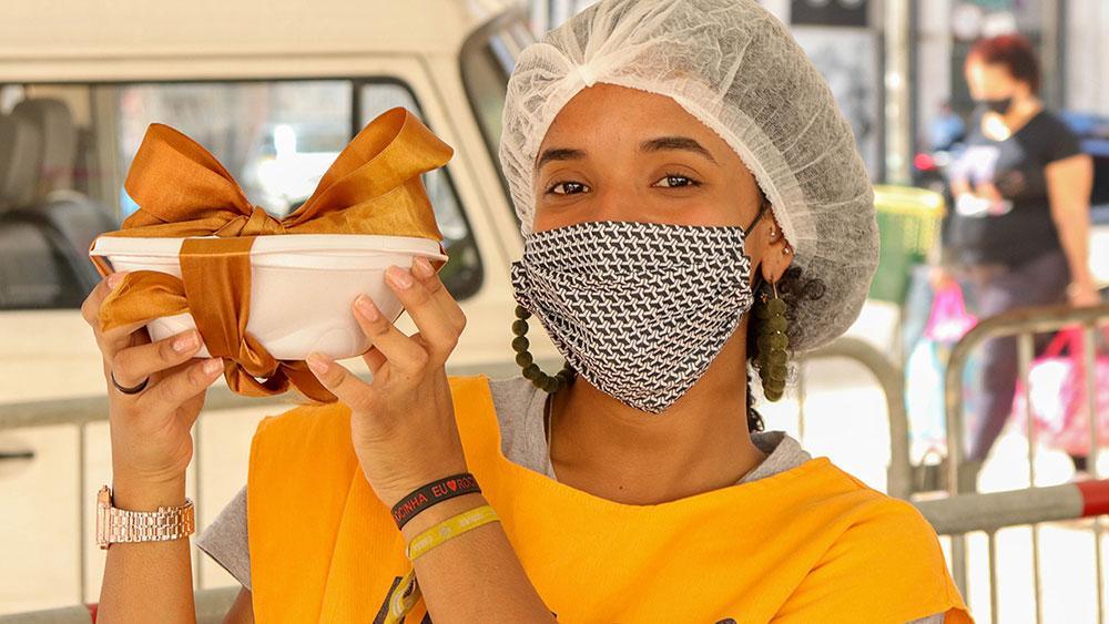 A ação franciscana já distribuiu mais de 350 toneladas de alimentos
