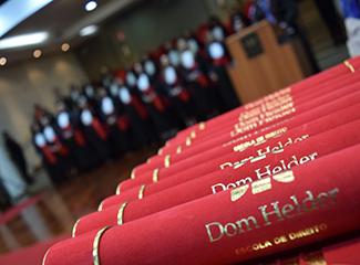 Solenidade de formatura virtual dos graduandos do primeiro semestre de 2020 da Dom Helder. (Necom Dom Helder e EMGE)