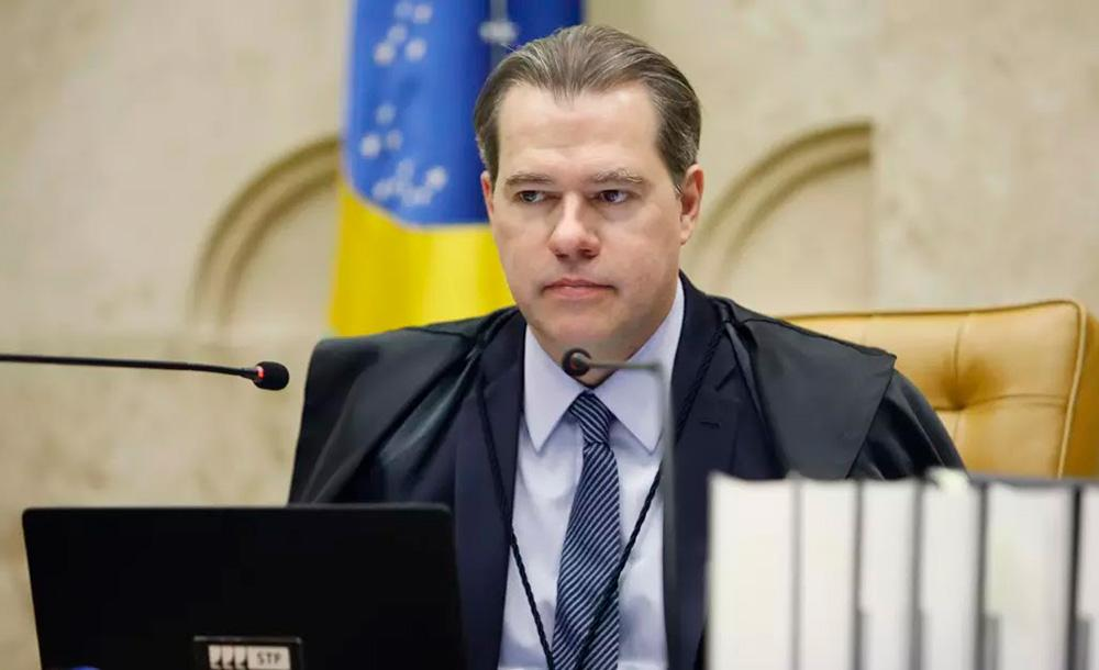 O ministro sugeriu transformar a proposta em lei
