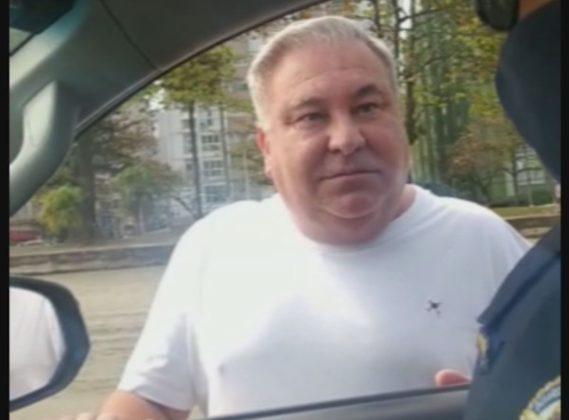 Eduardo Almeida ofendeu e tentou intimidar um guarda civil ao ser abordado sem máscara