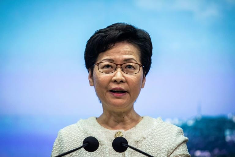 Os EUA incluíram a chefe do executivo de Hong Kong, Carrie Lam, na lista de sancionados