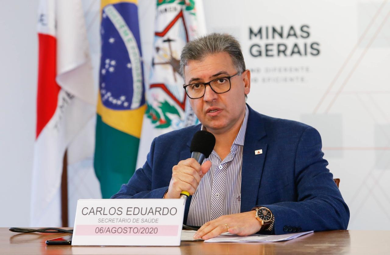 O secretário de Estado de Saúde de Minas Gerais, Carlos Eduardo Amaral durante coletiva virtual realizada na última quinta-feira (7)