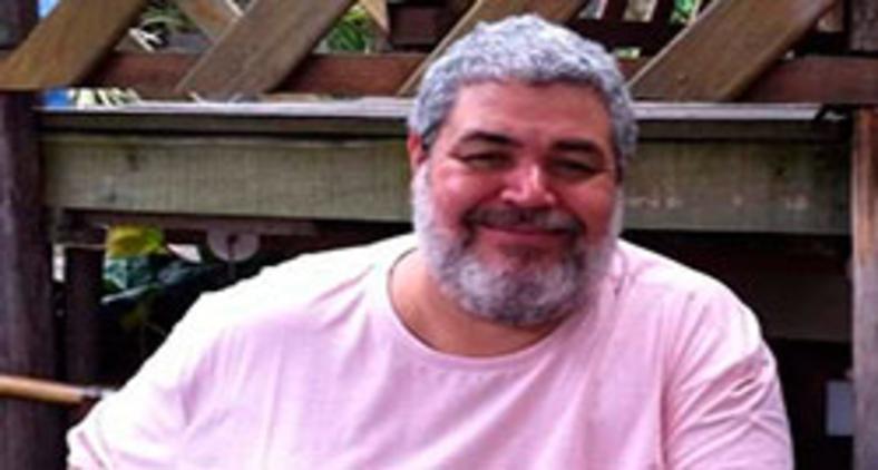 O jornalista e curta-metragista Alexei Divino, morto na última sexta-feira em decorrência da Covid-19 (Arquivo Pessoal de Alexis Parrot)