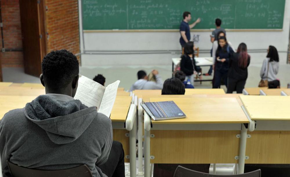 Pedro Malan citou que 55% dos alunos de oito a nove anos são analfabetos, enquanto 40% da população brasileira pode ser classificada como analfabeta funcional