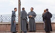 Eucaristia e 'lives' no Facebook e Youtube marcam Semana Nacional da Vida Consagrada (Unsplash/Barry Bibbs)
