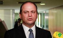 Ricardo Barros elogiou o trabalho do general e criticou os ex-ministros Luiz Henrique Mandetta e Nelson Teich (Clauber Cleber Caetano/PR - 27/03/2018)