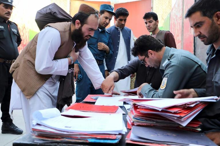 A libertação dos 400 militantes foi aprovada no fim de semana em uma reunião de líderes afegãos
