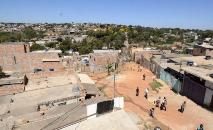 Comunidade Dandara possui hoje cerca de 1,35 mil famílias morando nas mais de 20 ruas transversais que atravessam a avenida Dandara, principal via de acesso à comunidade (Amira Hissa)