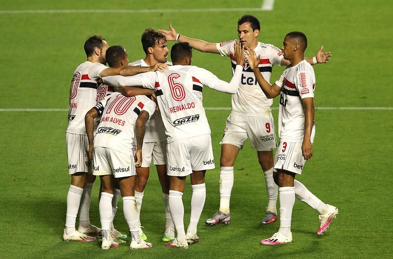 A partida foi a terceira derrota de Rogério Ceni no comando do Fortaleza em três jogos contra o São Paulo