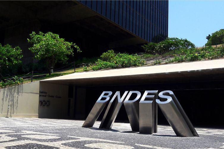 Banco Nacional de Desenvolvimento Econômico e Social (BNDES) tem sido pouco flexível nas condições