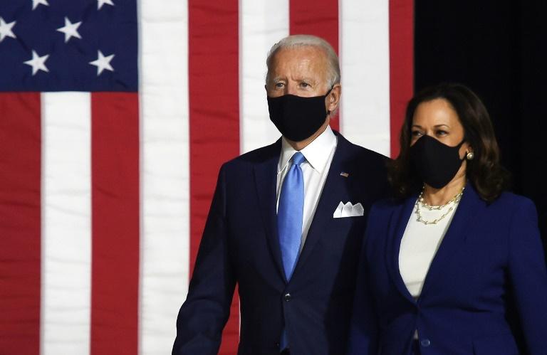 O candidato democrata Joe Biden e a companheira de chapa Kamala Harris em Wilmington, Delaware, em 12 de agosto de 2020