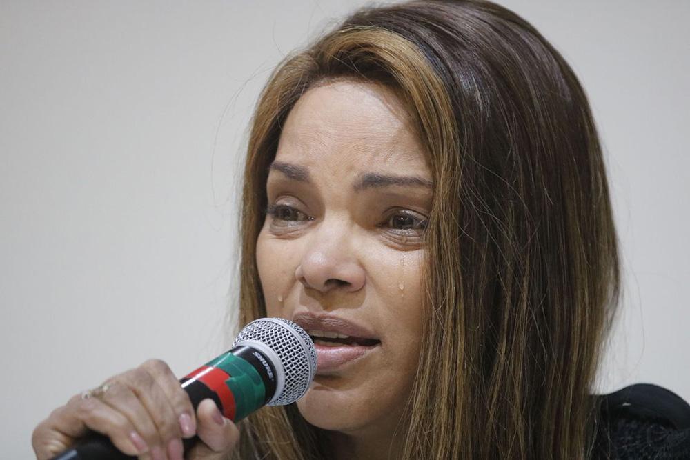 A deputada federal Flordelis (PSD) fala sobre a morte de seu marido, o pastor Anderson do Carmo, em 25 de junho de 2019