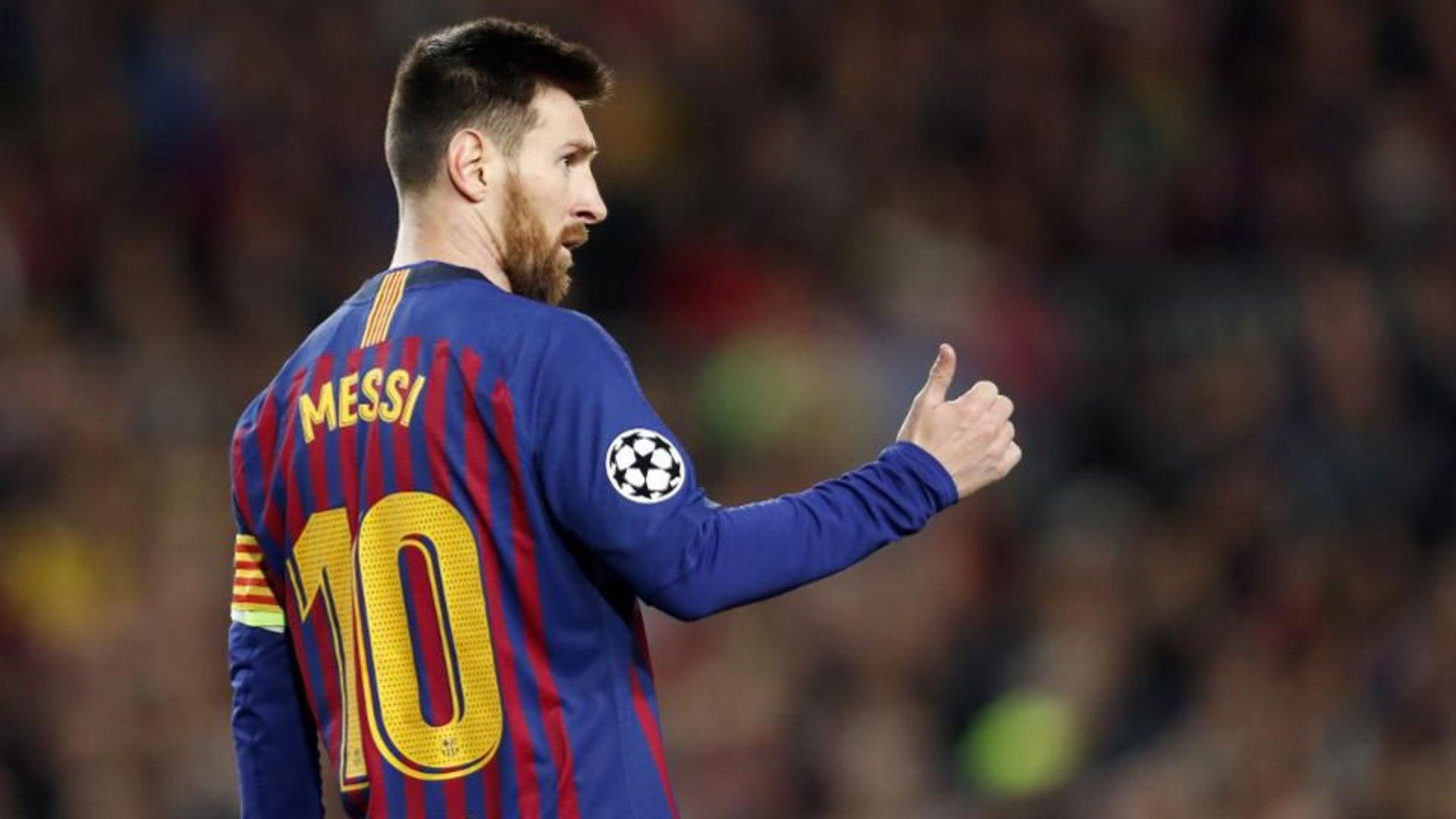 Messi está no Barcelona desde 2000, onde chegou com 13 anos