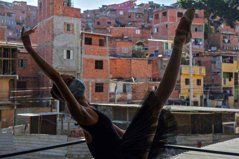 Mariana Sousa, estudante de dança do Ballet Paraisópolis