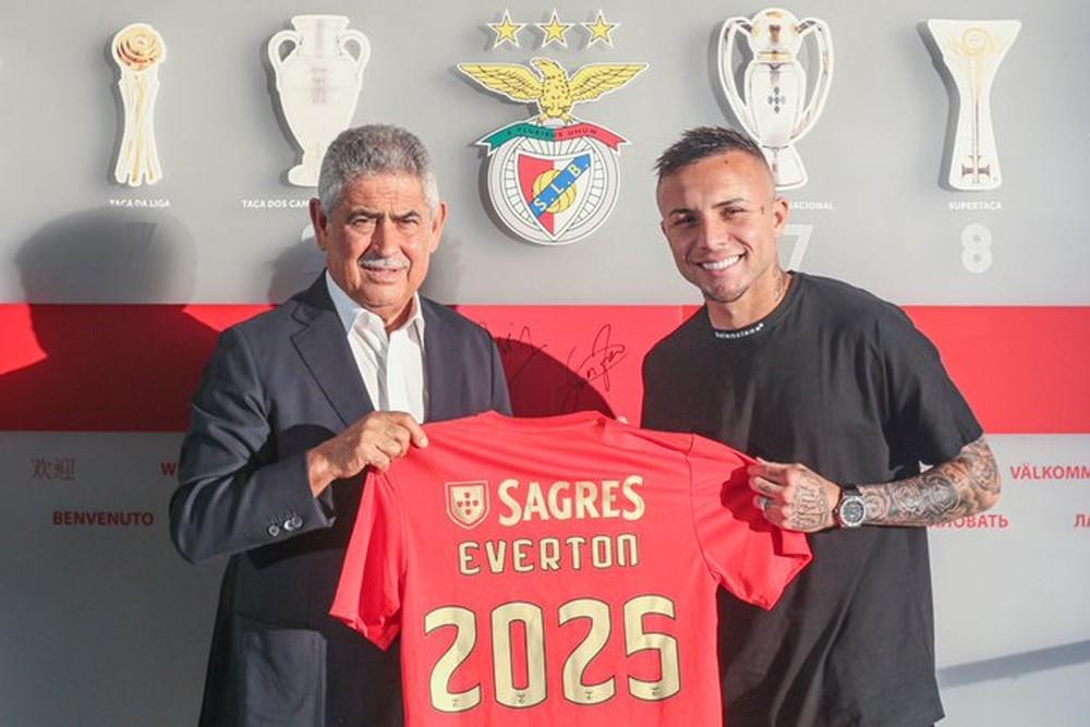Venda milionária de Éverton para o Benfica foi a principal do Brasil neste ano