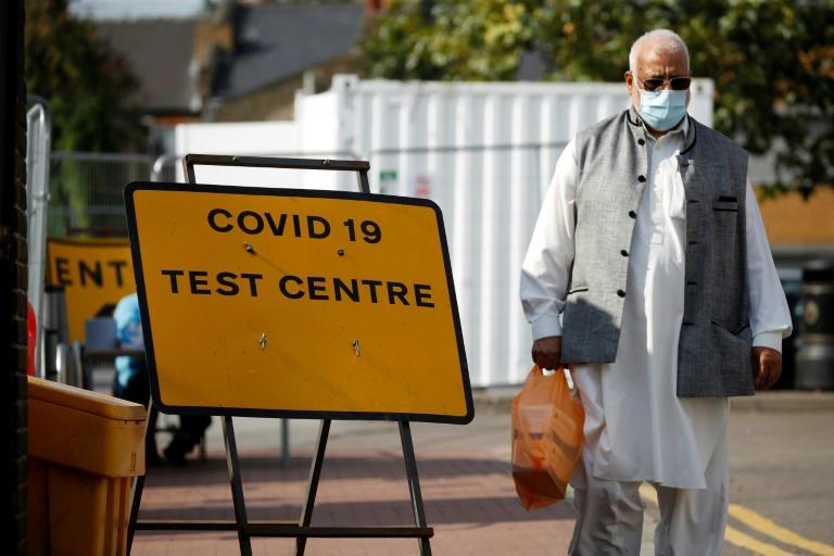 Centro de testes de covid-19 em Londres