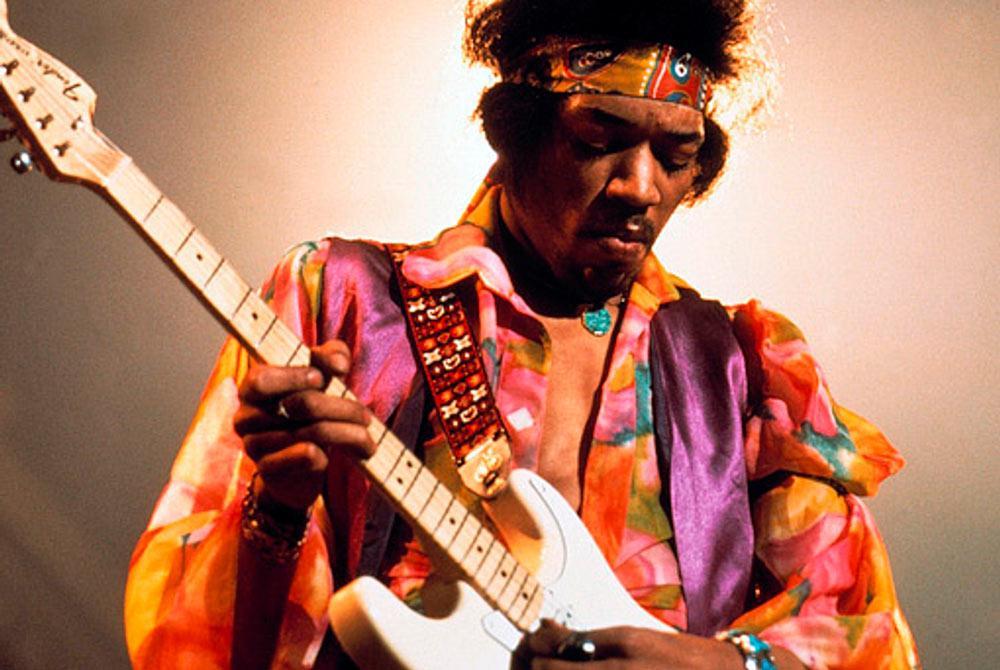 Canhoto, Hendrix tocava com as cordas invertidas com habilidade única