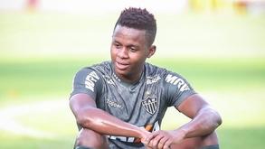 Corinthians quer contratar Cazares (Bruno Cantini/Atlético)