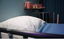 A Igreja católica considera 'gravemente injustas' as leis que legalizam a eutanásia e o suicídio assistido e rejeita o princípio de que a morte é digna porque foi escolhida (Bret Kavanaugh / Unsplash)