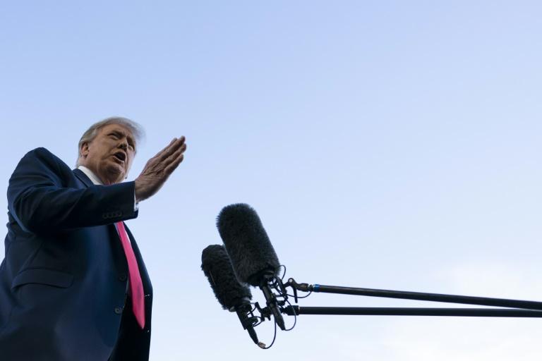 Presidente dos Estados Unidos, Donald Trump, responde a perguntas à imprensa na Casa Branca, em 19 de setembro de 2020