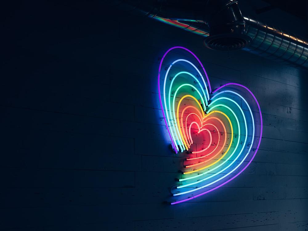 É preciso perguntar às pessoas LGBTIs se elas desejam tomar parte em espaços segregacionistas e viverem sua fé ali como testemunho e resistência na companhia desagradável de lideranças e outros fiéis, irmãos e irmãs que estão mais atrasados no amor e na m
