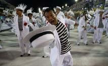 Desfiles na Sapucaí não ocorreram desde sua fundação oficial em 1935 (Tânia Rego/ABr)