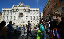 A Itália hoje apresenta um número limitado de novos casos graças às rígidas medidas contra a Covid-19 na primeira onda (Vincenzo Pinto/AFP)