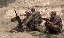 Soldados armênios na fronteira com o Azerbaijão, em 15 de julho de 2020 (AFP)
