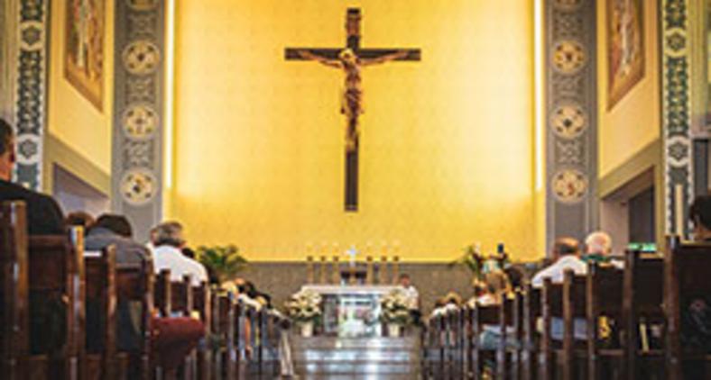 A liturgia é o cume e o ápice da vida eclesial (Unsplash/Mateus Campos Felipe)