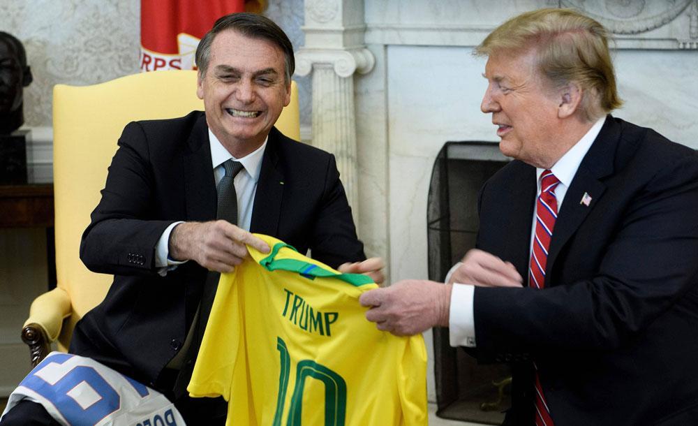 Bolsonaro em visita à Casa Branca: pouco pragmatismo no Itamaraty
