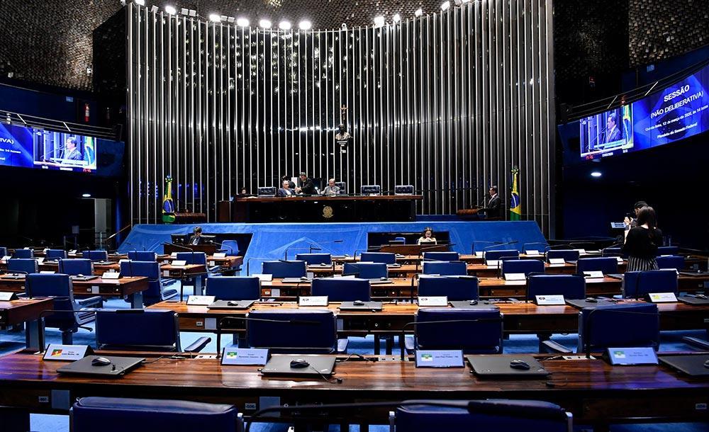 Alcolumbre segura a votação de qualquer texto que não tenha consenso entre os senadores