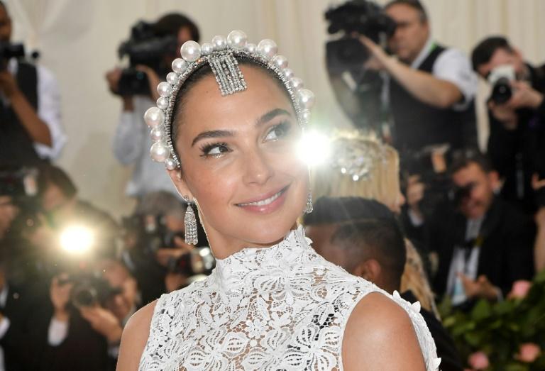 Gal Gadot, mais conhecida pelo filme 'Mulher maravilha', vai produzir e estrelar um novo épico cinematográfico sobre Cleópatra